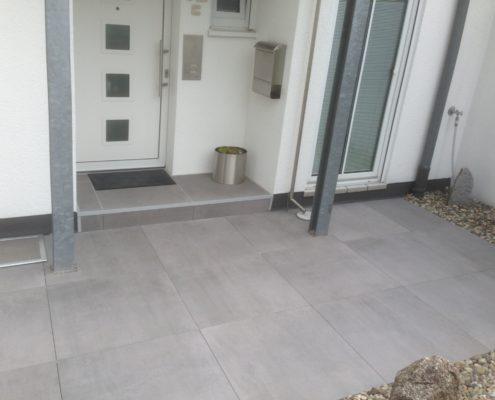 Kraft Fliesen GmbH | Balkon- & Terrassenplatten 24